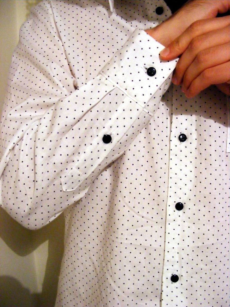 almond rock men's shirt black and white polka dot Steffani Lincecum