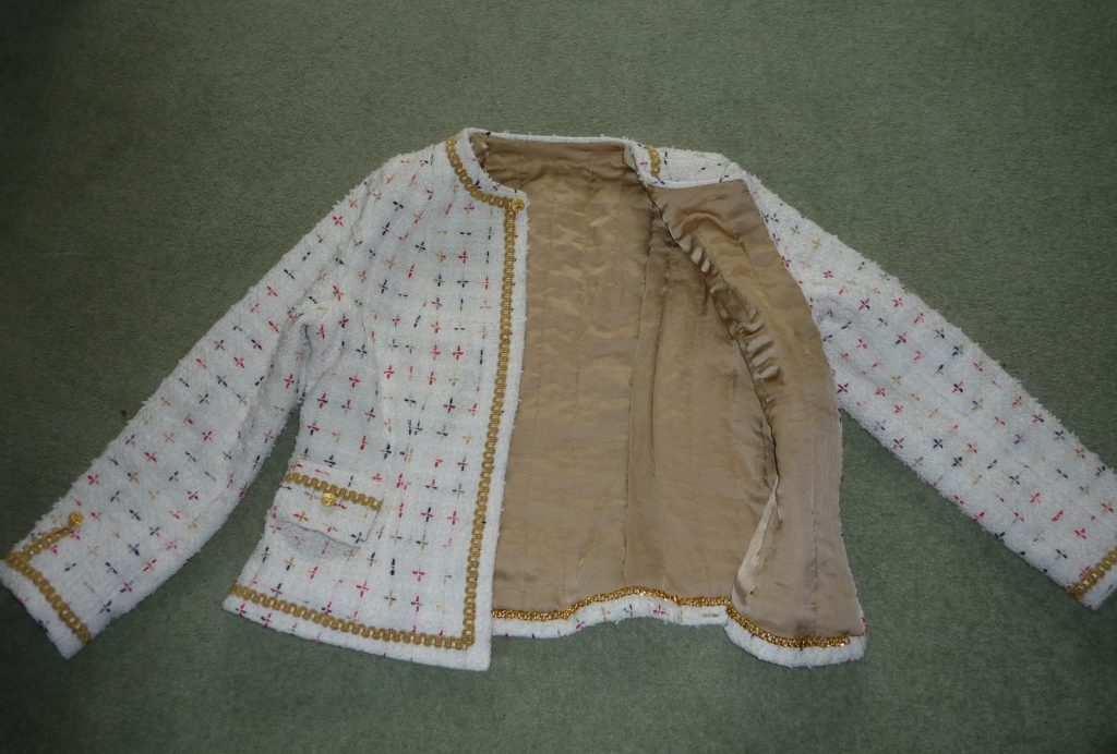 Chanel couture cardigan Vogue 7975 french jacket